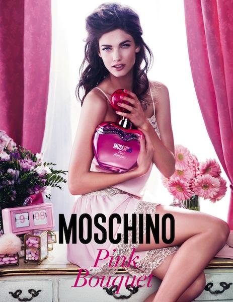 moschino pink bouquet 1