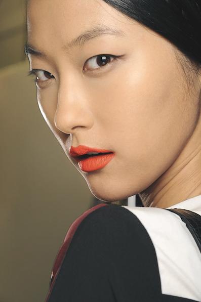 Orange ist das neue Rot MAC Cosmetics Orange Lippen