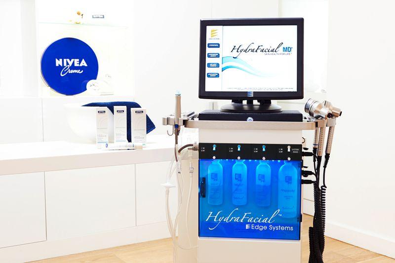NIVEA HydralFacial