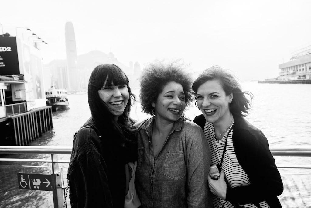 Hongkong Bloggerinnen mit guter Laune