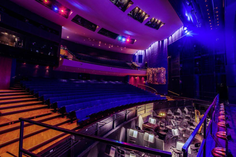 theater hof saal