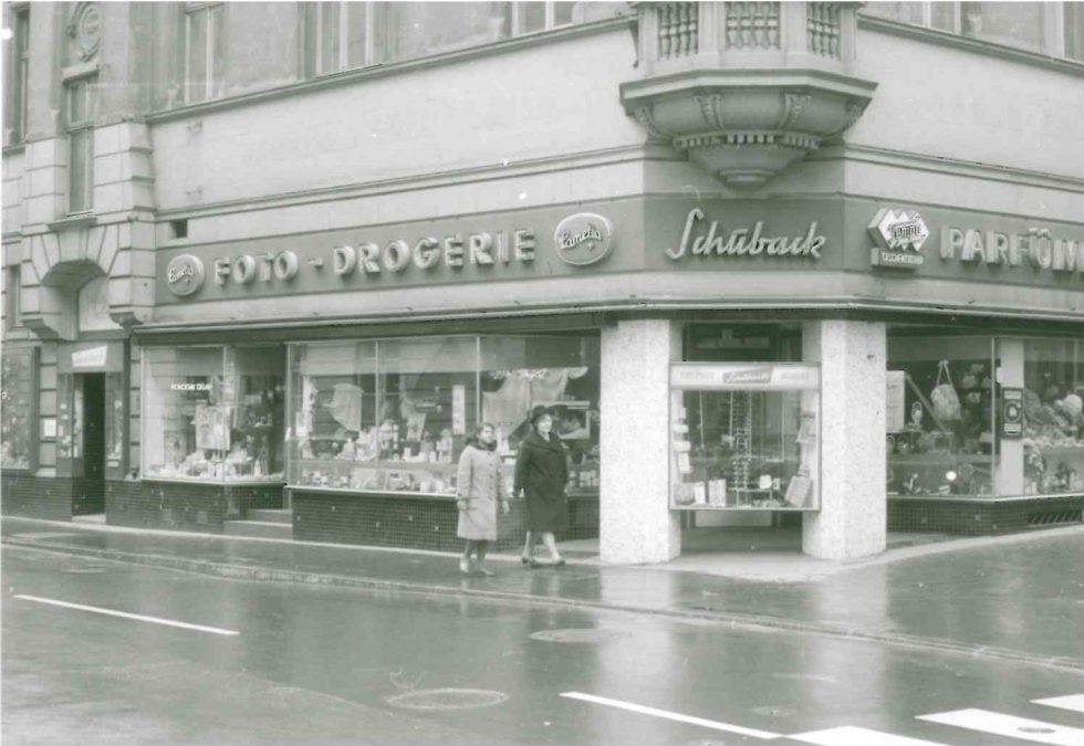 Parfümerie_Schuback_1950er