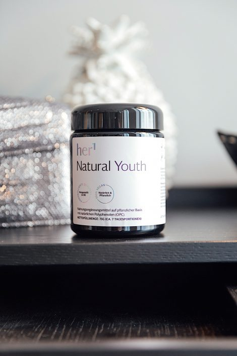 Her 1_Natural Youth